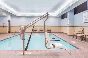 Pool - Staybridge Suites U District Seattle