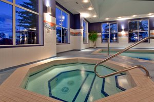 Pool - Holiday Inn Express Hotel & Suites South Calgary