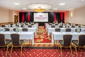Ballroom - Crowne Plaza Hotel Northbrook