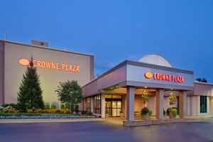 Exterior view - Crowne Plaza Hotel Northbrook