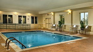 Pool - Holiday Inn Express Hotel & Suites Chambersburg