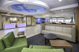 Lobby - Holiday Inn Express Hotel & Suites I-95 Jacksonville