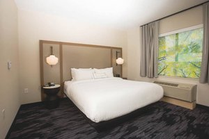 Room - Fairfield Inn & Suites by Marriott Broomall