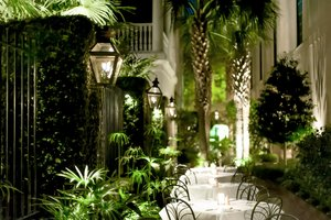 Restaurant - Planters Inn Charleston