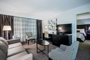 Suite - Crowne Plaza Hotel Suffern