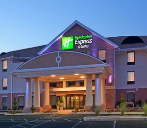 Exterior view - Holiday Inn Express Hotel & Suites Westfield