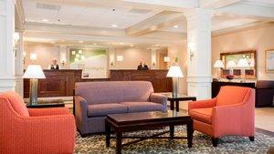 Lobby - Holiday Inn Crystal Lake
