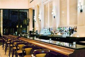 Bar - Holiday Inn Crystal Lake