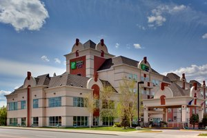 Exterior view - Holiday Inn Express Hotel & Suites Lethbridge