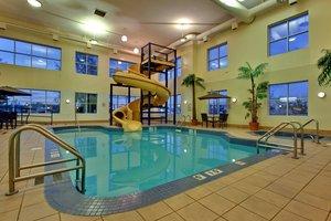 Pool - Holiday Inn Express Hotel & Suites Lethbridge
