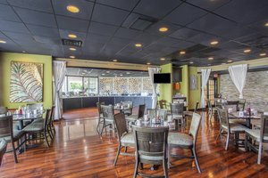 Restaurant - Holiday Inn Hotel & Suites Parsippany