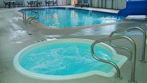 Pool - Holiday Inn Hinton