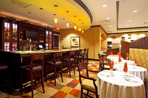Bar - Holiday Inn Hotel & Suites Orange Park