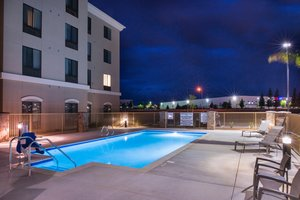 Pool - Holiday Inn Express Hotel & Suites Airport Bakersfield