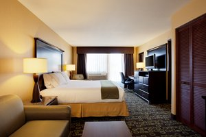 Suite - Holiday Inn Express Woodland Hills