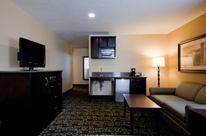 Room - Holiday Inn Express Woodland Hills