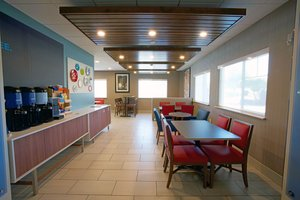 Restaurant - Holiday Inn Express Hotel & Suites Canyonville