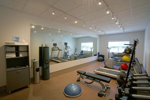 Fitness/ Exercise Room - Holiday Inn Express Hotel & Suites Canyonville