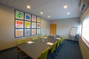 Meeting Facilities - Holiday Inn Express Hotel & Suites Canyonville