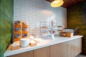 Restaurant - Fairfield Inn & Suites by Marriott Downtown Duluth