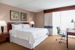 Suite - Four Points by Sheraton Hotel O'Hare Schiller Park