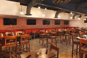 Restaurant - Four Points by Sheraton Hotel Airport Cleveland
