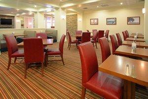 Restaurant - Four Points by Sheraton Hotel York