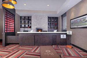 Lobby - Four Points by Sheraton Hotel Niagara Falls