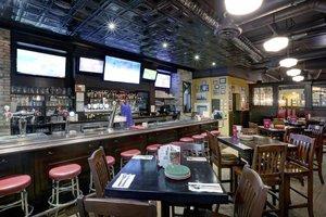 Restaurant - Four Points by Sheraton Hotel Niagara Falls
