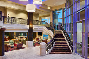 Lobby - Four Points by Sheraton Hotel Midtown Little Rock