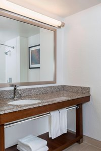 - Four Points by Sheraton Hotel Airport Milwaukee