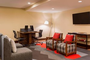 Conference Area - Four Points by Sheraton Hotel Airport Milwaukee