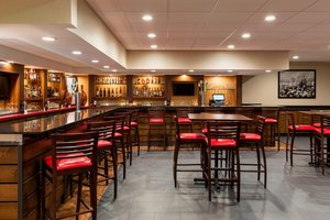 Restaurant - Four Points by Sheraton Hotel Airport Milwaukee
