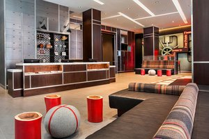 Lobby - Four Points by Sheraton Hotel Downtown New York