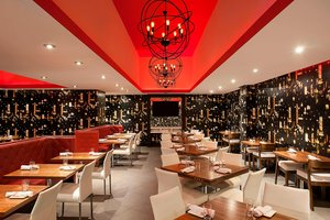 Restaurant - Four Points by Sheraton Hotel Downtown New York