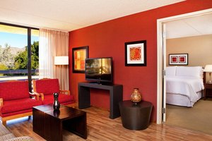 Suite - Four Points by Sheraton Hotel North Phoenix