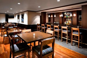 Restaurant - Four Points by Sheraton Hotel Airport Richmond