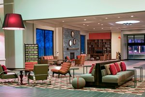 Lobby - Four Points by Sheraton Hotel Bentonville