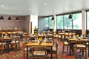 Restaurant - Four Points by Sheraton Hotel Scranton