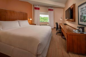 Room - Four Points by Sheraton Hotel Newark