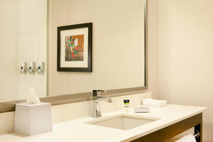 Suite - Four Points by Sheraton Hotel Newark