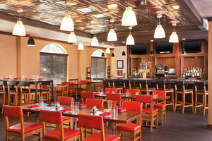 Restaurant - Four Points by Sheraton Hotel Louisville Airport