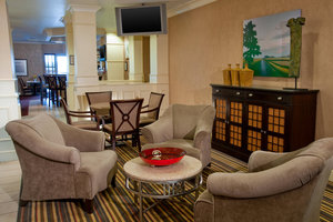 Lobby - Four Points by Sheraton Hotel Fairview Heights