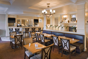 Restaurant - Four Points by Sheraton Hotel Fairview Heights