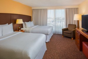 Suite - Four Points by Sheraton Suites Airport Tampa