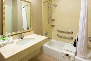 - Holiday Inn Express Grants Pass