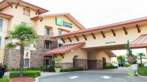 Exterior view - Holiday Inn Express Hotel & Suites Turlock