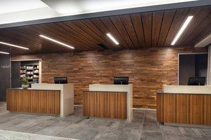 Lobby - Courtyard by Marriott Hotel Airport Gateway Denver