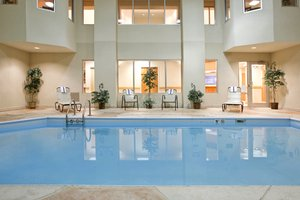 Pool - Holiday Inn Express Hotel & Suites Grove City