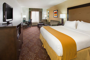 Suite - Holiday Inn Express Hotel & Suites Martinsville